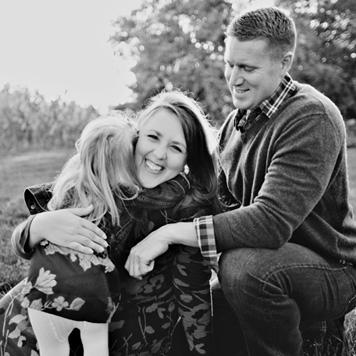 Omaha & Gretna Nebraska Wedding Photographer – cb Yates Photography bio picture